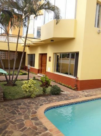 4 Bedroom House For Rent Situated In The Suburb Of Triunfo Maputo