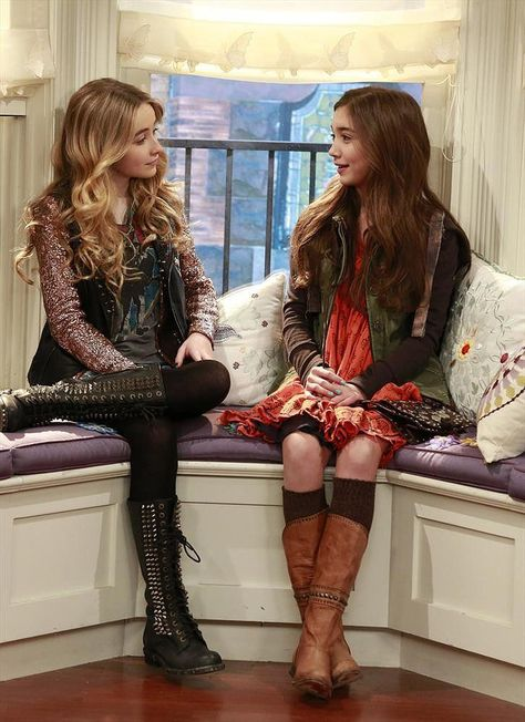 Does anyone else love everything Sabrina Carpenter and Rowan Blanchard wear on Girl Meets World #OBSESSED