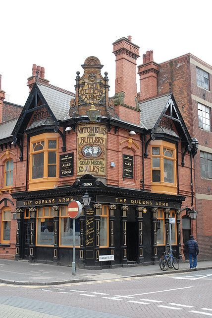 The Queens Arms ~ a traditional pub at the gateway to Birmingham's Jewelry Quarter, England.