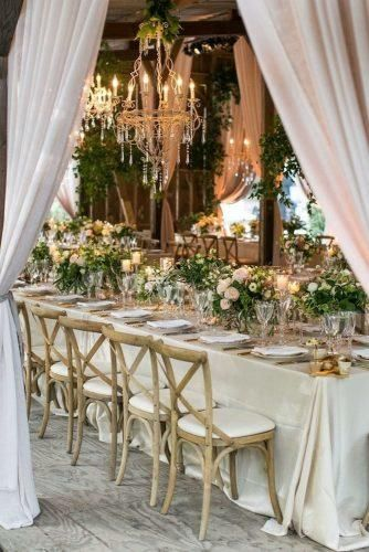 30 Ideas For Decorating Your Wedding Venue With Flowers | Rustic ...
