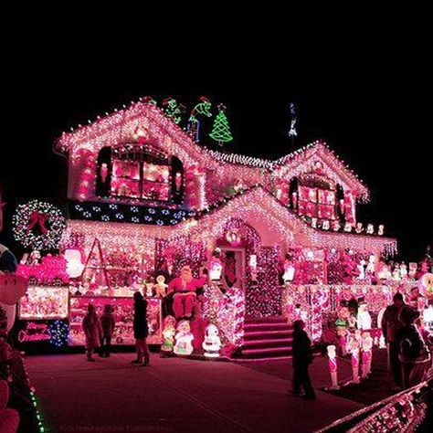 I Would Totally Decorate My House Like This Pink Christmas