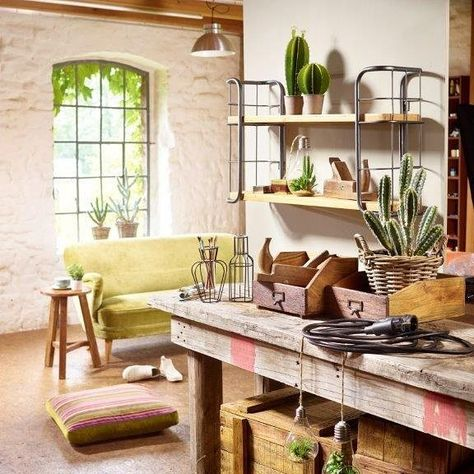 Attractive Helles Holz Boden Wand Wohnzimmer Indirekte Beleuchtung Graue Couch Kerzen # Interiors #design   Inneneinrichtung   Pinterest