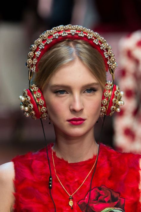 The Accessory Report: Milan Fashion Week