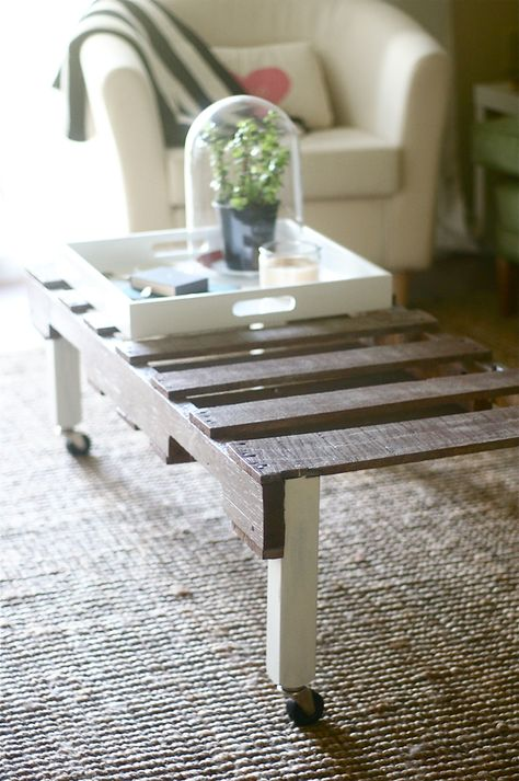 DIY: pallet table