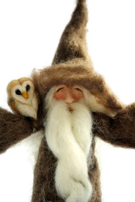 Needle Felted Wizard and Owl/Nature Table Wizard/Gandalf/Magical Wizard/Wizard Gifts/Magic Felt Doll