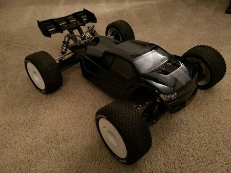 8IGHT-T E 3 0 TLR240006 Team Losi Racing Body Clear RC Model