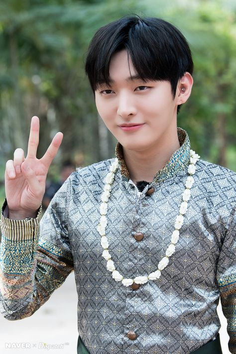 """"""" (181114) Wanna Travel 2 Filming Behind in Pattaya - Jisung Source: Naver """""""