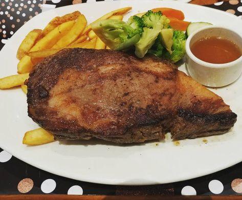 10 Cara Membuat Saus Steak Ala Restoran Lezat Dan Praktis Instagram Steak Saus Saus Sambal