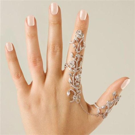 jewels ring nail polish armor ring hair accessory nail accessories coat blouse jeans bling the bling ring rings and tings crystal linked ring full finger rings long rings jewelry silver silver ring silver jewelry knuckle ring accessories accessory Hand Jewelry, Cute Jewelry, Body Jewelry, Jewelry Rings, Jewelry Accessories, Unique Jewelry, Jewelry Watches, Silver Jewelry, Jewelry Ideas