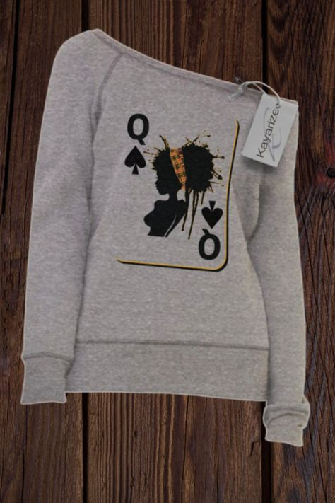 The Queen Card - Women's Sponge Fleece Wide Neck Sweatshirt Chic Outfits, Fall Outfits, Fashion Outfits, Girly Outfits, Preppy Outfits, Sweat Shirt, Jogging Style, Violetta Outfits, Look Fashion