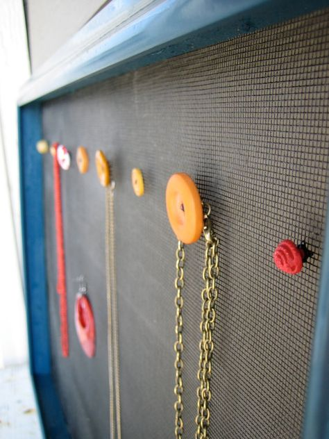 love the use of buttons as necklace hangers!