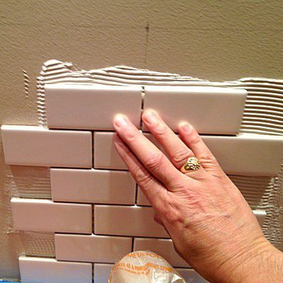 Step By Step Ceramic Wall Tile Installation Wall Tiles Ceramic Wall Tiles Tile Installation