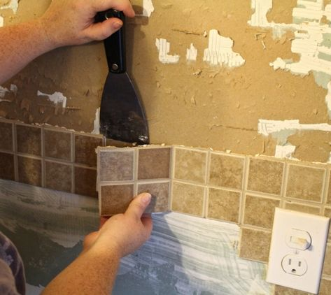 We are in week 3 of the One Room Challenge and of my kitchen renovation! This week I am showing you guys how to remove tile backsplash. Now I knew originally when I did the kitchen I was going to paint the cabinets, install a farmhouse sink and new counters. I was scared to touch the backspl