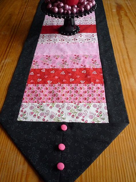 10 minute table runner that took me 2 hours because I had to use all of my different fabrics!