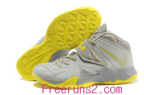 huge discount 83e0a 5bcd9 Womens Nike Dunk High Skinny Leopard Black Sandtrap Dark Gold Leaf Sunburst  Skateboarding Shoes Buy For Sale   Nike soccer shoes   Nike soccer shoes,  ...