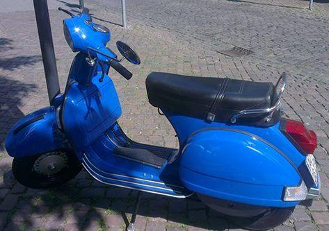 Vespa P80X: RAL 5010 Enzianblau