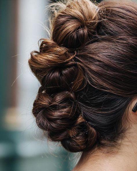 A quick pin-up by Karolina ✨ Cute Hairstyles Updos, Hairdos, Wedding Hairstyles, Rockabilly Hair Tutorials, Witch Hair, Bridal Hair Buns, Ballroom Hair, Natural Hair Styles, Long Hair Styles