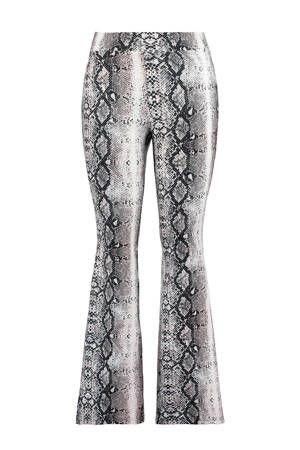 08bcd742f5e Flared legging met slangenprint in 2019 | Dames fashion ...