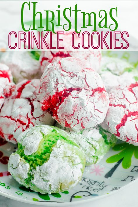 up the perfect Christmas Crinkle Cookies in a snap for your family and friends this holiday season with this easy recipe! via up the perfect Christmas Crinkle Cookies in a snap for your family and friends this holiday season with this easy recipe! Cake Mix Cookies, Holiday Cookies, Holiday Treats, Holiday Recipes, Easy Christmas Baking Recipes, Easy Christmas Cookies, Cool Whip Cookies, Grinch Cookies, Christmas Desserts Easy
