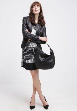 e731d3018a11 Esprit - Sac bandoulière - black   Mode   Bijoux   Shopping   Models .  Manequins . Ext......   Pinterest   Models and Shopping