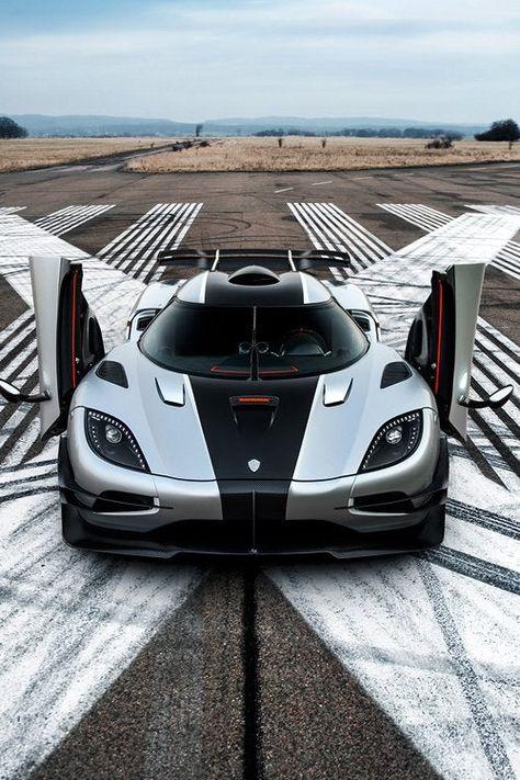An Incredible Supercar The Koenigsegg One 1 In 2020 Koenigsegg Super Cars Luxury Cars