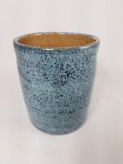 Snow over Storm Glazes For Pottery, Pottery Mugs, Ceramic Pottery, Pottery Art, Glazing Techniques, Ceramic Techniques, Pottery Techniques, Ceramics Projects, Ceramics Ideas