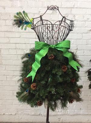 EBook Tutorial: Dress Form Christmas Tree - Flirty Style