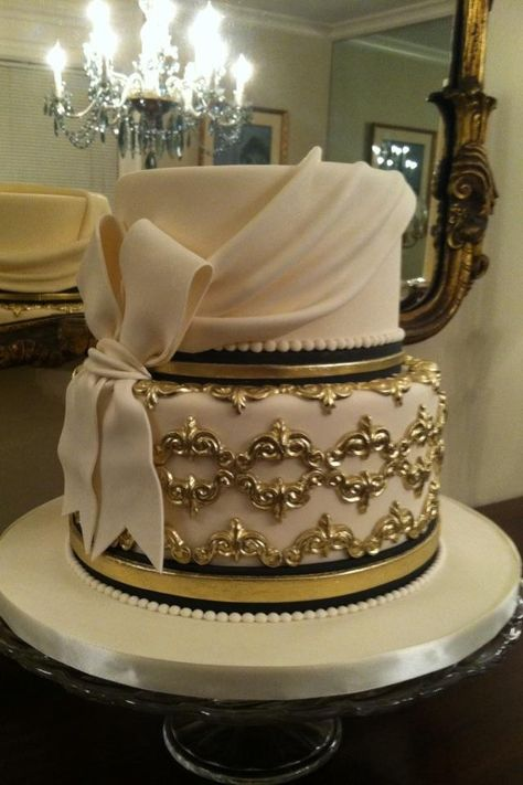 what a stunning, gorgeous cake!