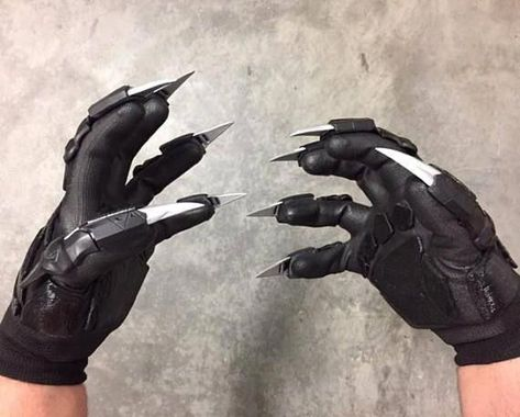 Marvel Black Panther Gloves Cosplay Costume Accessories Printed in Zombie Weapons, Ninja Weapons, Weapons Guns, Hidden Weapons, Weapon Concept Art, Armor Concept, Black Panther Marvel, Black Panthers, Claw Gloves