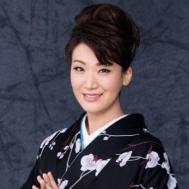 演歌歌手の市川由紀乃(いちかわゆきの)さんといえば 今現在で最も ...