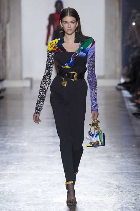 Kaia Gerber for Versace Fall 2018 Ready-to-Wear fashion show now on Vogue Runway.
