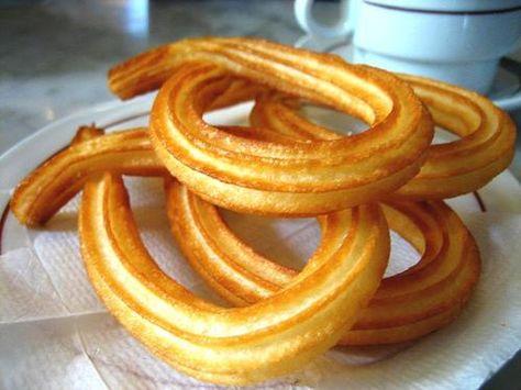 Pour passer un bon Friandises et biscuits, nous vous proposons une recette de Pâte à churros  . recette de cuisine, facile et rapide, par Les gourmands mediterraneens
