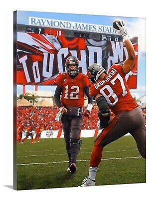Sponsored Rob Gronkowski And Tom Brady Tampa Bay Buccaneers Canvas 8x10 Gronk Touchdown In 2020 Gronkowski Rob Gronkowski Buccaneers
