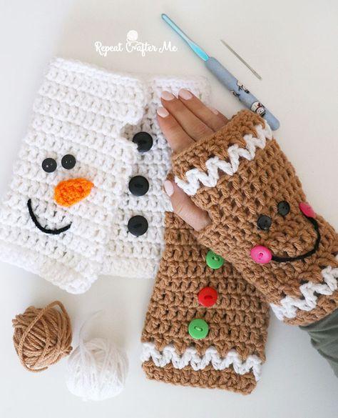Crochet Christmas Fingerless Gloves – Repeat Crafter Me – Knitting Crochet Quick Crochet, Double Crochet, Free Crochet, Crochet Stitch, Hat Crochet, Crochet Granny, Fingerless Gloves Crochet Pattern, Fingerless Mittens, Crochet Wrist Warmers