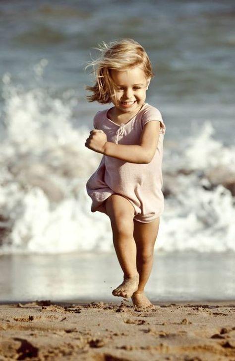 CHILD l RUN l BEACH #explorelife
