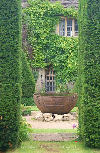 15 Fountain Ideas For Your Garden Water Features In The Garden Garden Fountains Beautiful Gardens