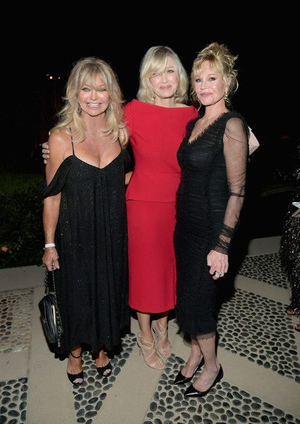 Actor Goldie Hawn, journalist Diane Sawyer and actor Melanie Griffith attend the amfAR Gala Los Angeles 2017.