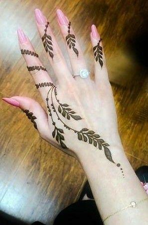 Henna Simple Di Jari