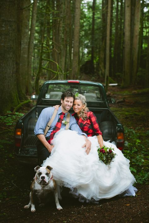 lumberjack-wedding-ideas-022