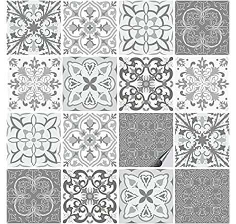 Amazon De Tile Style Decals 24 Stuck Fliesenaufkleber Fur Bad Und Kuche T1 Black Mosaik In 2020 Fliesenaufkleber Fliesenfolie Selbstklebende Wandfliesen