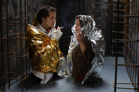 Guillaume Canet and Marion Cotillard between takes in Jeux d'enfants.