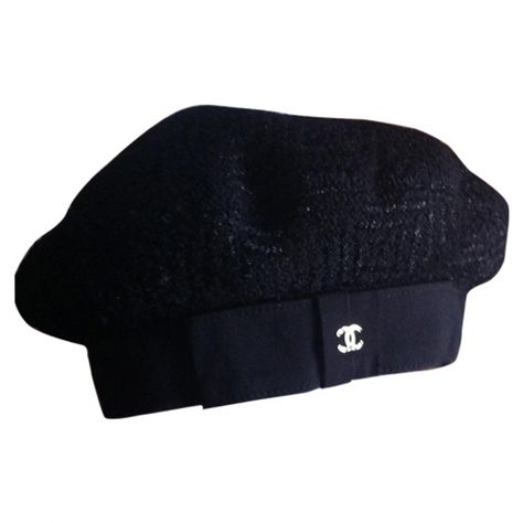 Buy your black wool hat Chanel on Vestiaire Collective, the luxury consignment store online. Second-hand Black wool hat Chanel Black in Wool available. Chanel Hat, Chanel Black, Coco Chanel, Women Accessories, Fashion Accessories, Accesorios Casual, Wool Berets, Couture Details, Victoria Dress