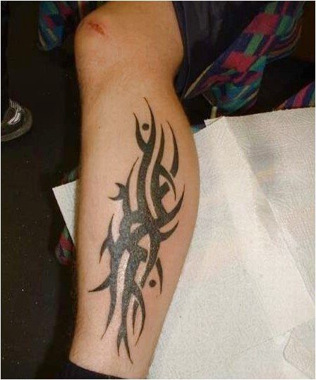 Download Free Leg Tattoo Designs Collection For Cool Tribal Leg Tattoos To Use And Take To Your Artist Cr Leg Tattoos Tattoos For Guys Simple Tribal Tattoos