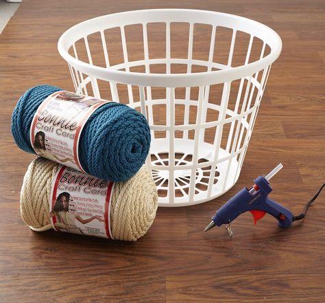 Turn That Ugly AF Laundry Basket Into Pretty Decor In 3 Easy Steps - Bügeltisch Rope Crafts, Diy Home Crafts, Diy Crafts To Sell, Laundry Basket Storage, Storage Baskets, Dyi Baskets, Basket Crafts, Plastic Laundry Basket, Diy Rangement