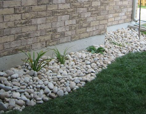 Rocks Around House Gardening River Rock Landscaping