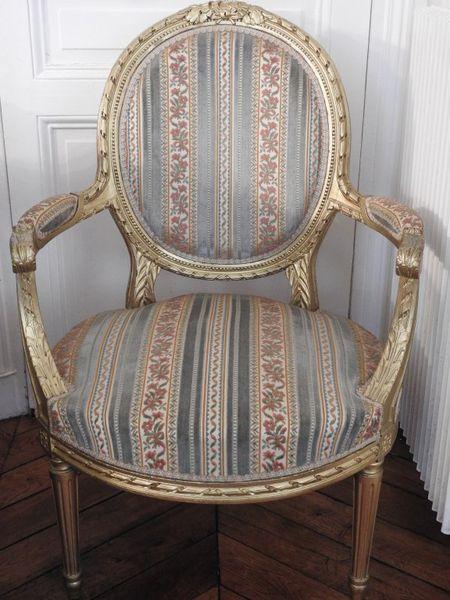 fauteuil medaillon fauteuil louis xvi