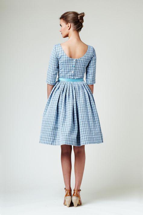 4760f97781 button back linen dress    love the vintage vibe!