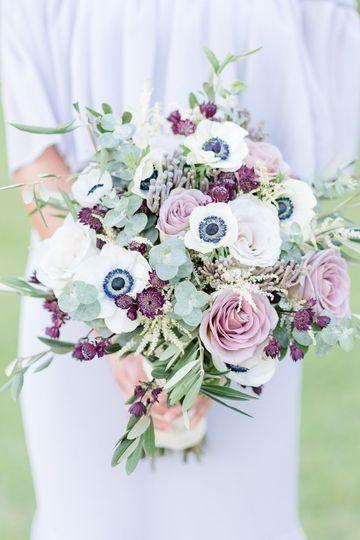 Elegant Wedding Bouquet Idea Purple White And Greenery Wedding Bouquet Find Your Fl Purple Wedding Bouquets Purple Flower Bouquet Elegant Wedding Bouquets