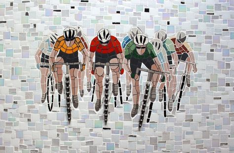 'Prendre la Tete' Mosaic by TomatoJack Arts Traditional glass and ceramic mosaic tiles, mirror and bicycle chain