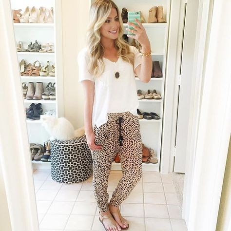 Great outfit. I would love to have some printed pants. Top look very cool for Florida heat. Drawstring pants look so comfy.